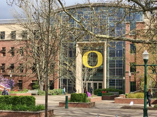 University of Oregon: photo4.jpg