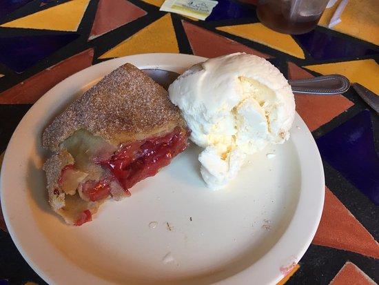 Tumacacori, AZ: Yummy Cherry Burrito!