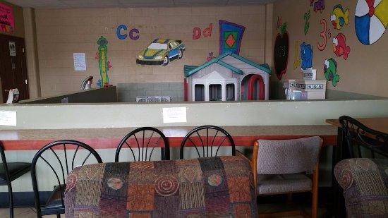 Milwaukie, OR: Kids' play area.