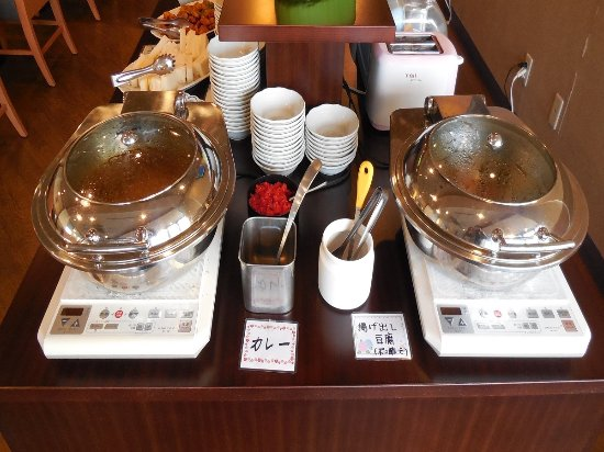 gotemba men 約210のブランドショップとレストラン。世界文化遺産の富士山が見える広大な自然環境の中、北米の歴史ある街並みを散策.