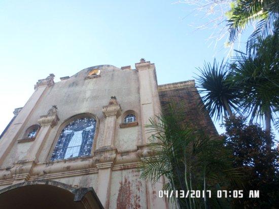 Nasugbu, Filippinene: Church Facade