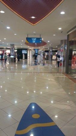 Abu Dhabi Mall: C360_2014-09-10-19-03-34-178_large.jpg