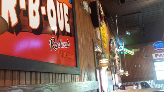 The Redlands Famous Dave was a cool place to have lunch and great food