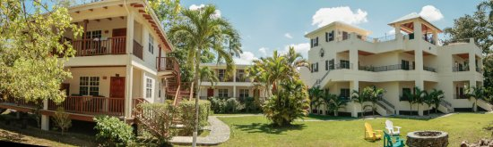 Burrell Boom, Belize: Family Friendly Facilities 23 rooms perfect for family reunions, weddings, retreats, and confere