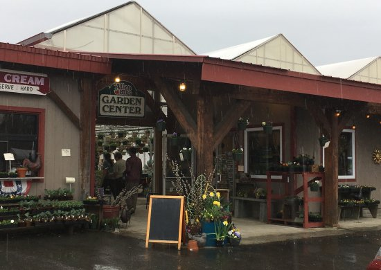 Westminster, VT: Garden Center at Allen Bro's Farms