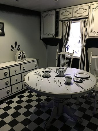 meow wolf kitchen - Wolf Kitchen