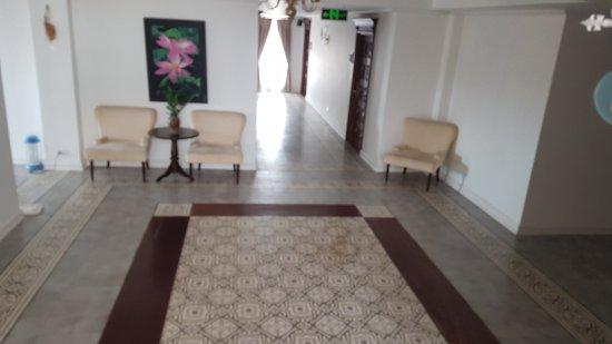 Dhavara Hotel: 20170321_090949_large.jpg