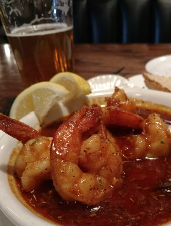 Murphy's: Very nice pub. Food is way above pub quality. It was excellent. Cajun shrimp with fresh hot brea
