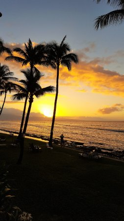 Paki Maui Resort: Maui sunset