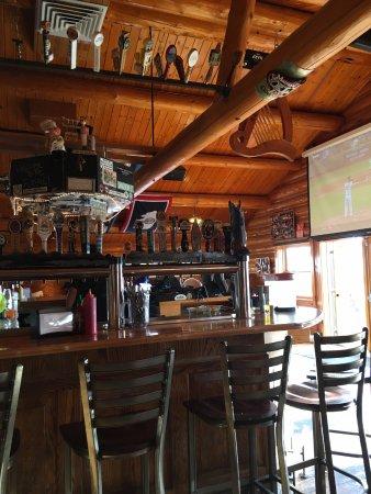 The Bird: bar area