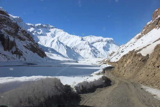 Lahaul and Spiti District, Ấn Độ: Amazing white Pin Valley