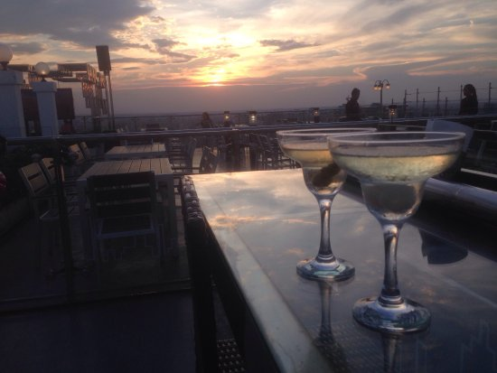 Photo1 Jpg Picture Of Eclipse Sky Bar Phnom Penh