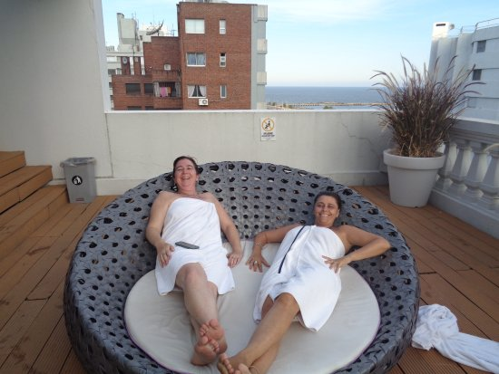 After Hotel Montevideo: Relax!