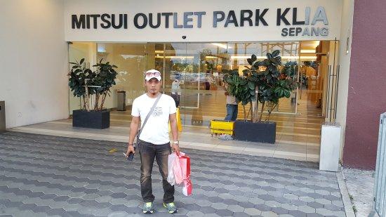 Mitsui Outlet Park Klia Sepang: 20170214_190510_large.jpg
