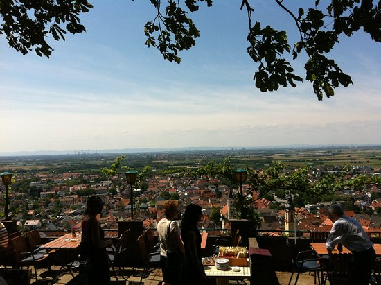 Strahlenburg: Terrace with amazing view