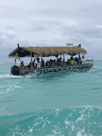 Muri, Islas Cook: The other glass bottom boat on our cruise