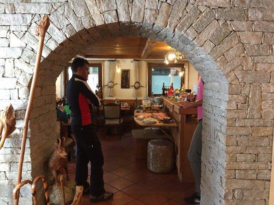 Bild fr n hotel meuble gorret breuil for Hotel meuble gorret