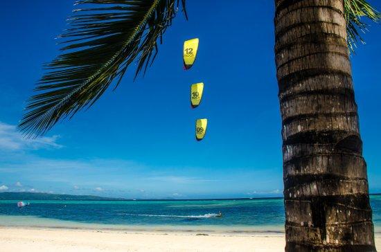 Habagat Kiteboarding Center: Kite Beach