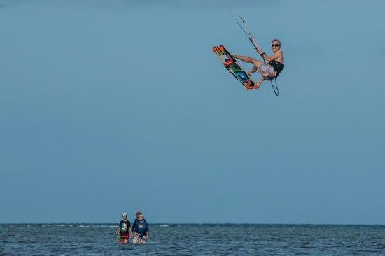 Habagat Kiteboarding Center: Kite Instructor