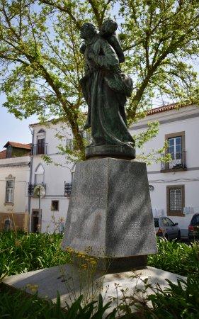 Montemor-o-Novo, Portugal: Statue of S. Joao de Deus, Montemor o Novo, Alentejo