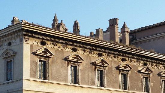 Nuovo Hotel Quattro Fontane: Room view (Palazzo Barberini)