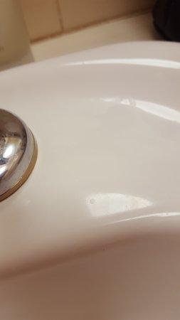 Toorak, أستراليا: Sink soap scum