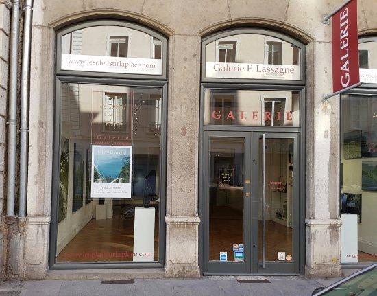 Le Soleil sur la place - Galerie Franck Lassagne