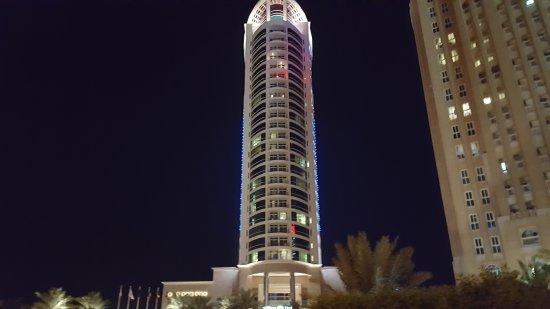 Hilton Doha: 20161129_232417_large.jpg