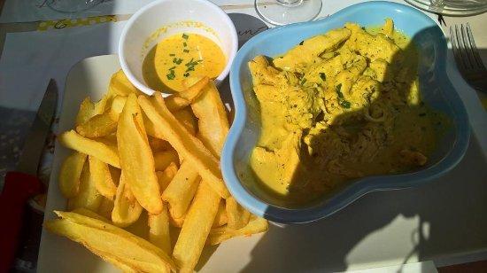 La Passerelle : plat du jour : poulet curry-lait de coco