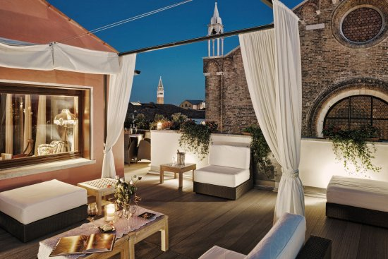 Bb Bloom Venice Updated 2019 Prices Guest House Reviews Italy