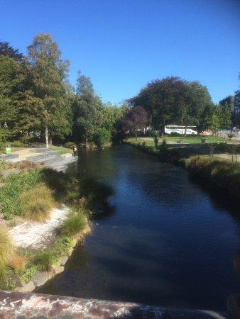 Bridge of Remembrance: River Avon