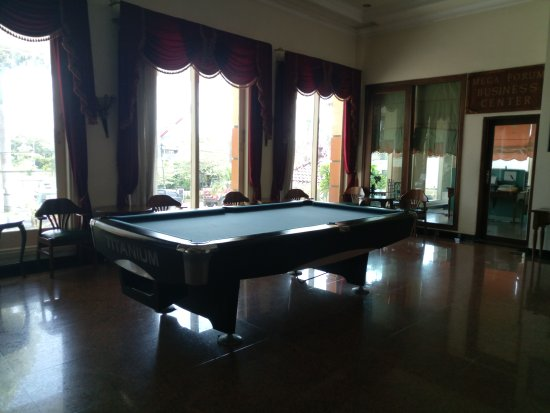 Cepu, Indonesia: Salah satu wahana permainan di hotel mega bintang