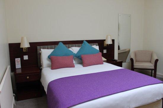 Caladh Inn: Double bedroom