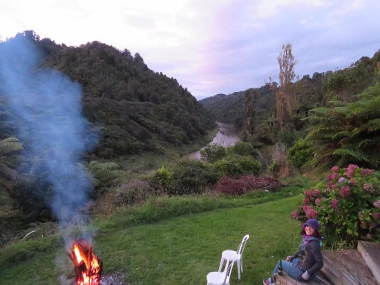 Owhango, New Zealand: Campfire