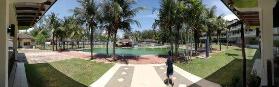 Lanjut Golden Beach & Golf Resort Kuala Rompin: IMG_20170414_143636_large.jpg