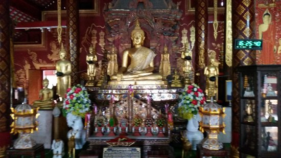 Wat Chiang Man: Peaceful