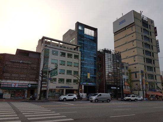 Seoul N Hostel