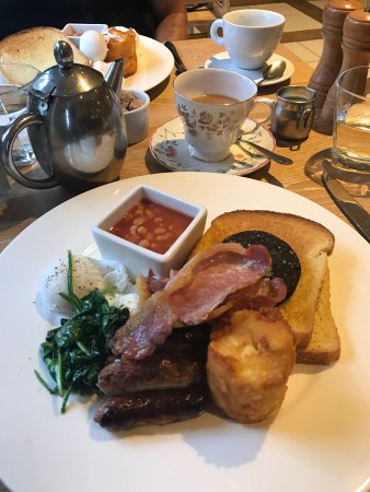 Worsley, UK: George's full breakfast