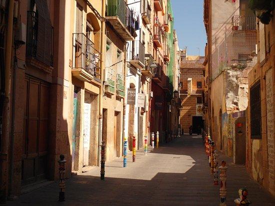 Casco viejo 2 picture of casco antiguo de tarragona tarragona tripadvisor - Casco antiguo de girona ...