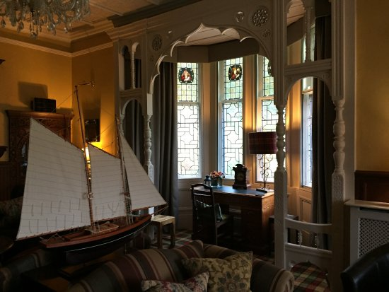 Knockderry House Hotel: Drawing room