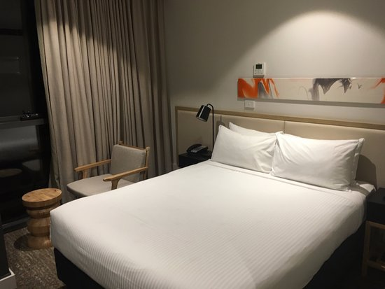 Brady Hotels Central Melbourne Photo