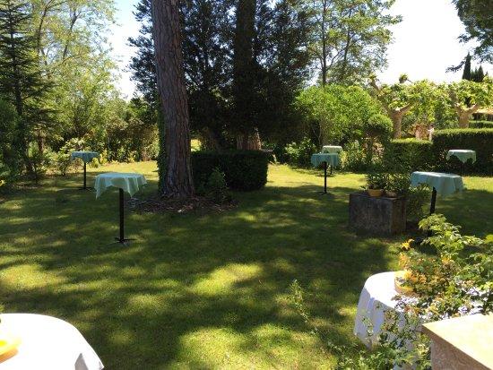 Nans-les-Pins, Frankrike: Jardin