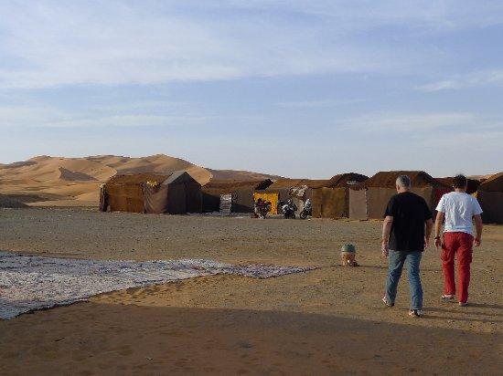Auberge Kasbah Leila: les tentes berbères ( avec leur salle de bain en dur )