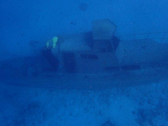 Savaneta, Aruba: Sunken ship