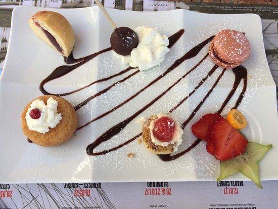 Saint Sulpice, Suiza: Café gourmand