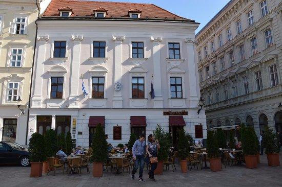 Un caffè in compagnia della principessa Sissi - Recensioni su Cafe Mayer 7b0c55d8772