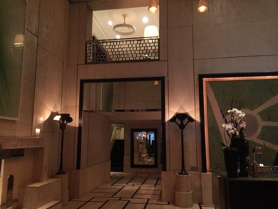 The London NYC: The lobby