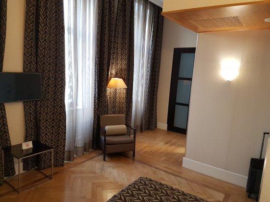 Eurostars Thalia Hotel: 20170406_173446_large.jpg
