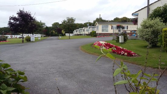 Modbury, UK: Pennymoor is very spacious with spectacular views