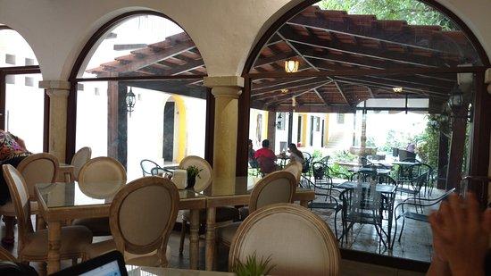 Hotel Maison del Embajador : TA_IMG_20170414_095200_large.jpg